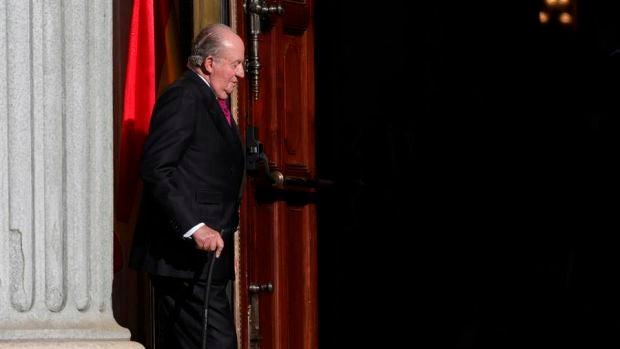 Juan Carlos I: De su gran momento político en la noche del 23-F a la abdicación en 2014