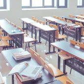 Los alumnos deberán llevar la marcarilla durante todo el examen y mantener un distancia de seguridad de 1,5 metros