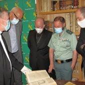 Los libros ya están en la antigua iglesia de La Merced, que cuenta con grandes medidas de seguridad