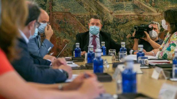 Emiliano García-Page no comparte el entusiasmo de parte de la izquierda con la gestión de Fernando Simón durante la crisis sanitaria