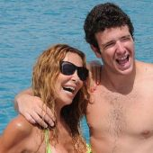 Imagen de archivo de Ana Obregón con su hijo en Mallorca