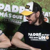 Loles León y Santiago Segura, en el photocall de 'Padre no hay más que uno 2: La llegada de la suegra'