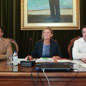 La alcaldesa de Castellón, Amparo Marco ha anunciado una reduccion de la tasa de basuras para los comercios.