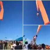 Un niño de tres años sale volando por una ráfaga de viento cuando jugaba con su cometa en Taiwan