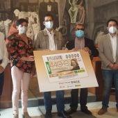 Presentación del cupón de la ONCE dedicado al 440 aniversario del nacimiento de Quevedo