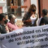 La alcaldesa de Puerto Real y miembros del CTM y CGT