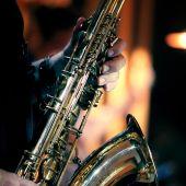 Imagen de archivo de un saxofón