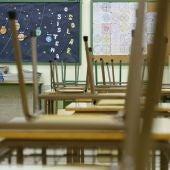 Aula vacía de un colegio público