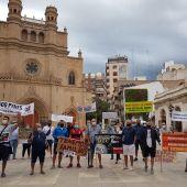 Vendedores del Mercado del Lunes protestan