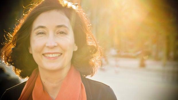 Elsa Punset nos recuerda en 'Fuertes, libres y nómadas' cuál es la esencia humana y cómo hemos sobrevivido para llegar hasta hoy
