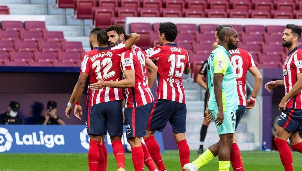 Diego Costa celebra un gol ante el Granada