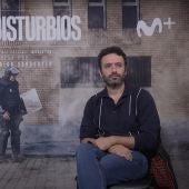 Isabel Peña y Rodrigo Sorogoyen, creadores de la serie 'Antidisturbios', durante su entrevista con Kinótico