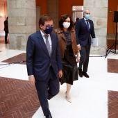 La presidenta de la Comunidad de Madrid, Isabel Díaz Ayuso; el alcalde de Madrid, José Luis Martínez-Almeida, y el consejero de Sanidad de la Comunidad, Enrique Ruiz Escudero