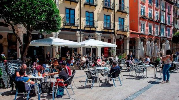 Burgos confinada a partir de la medianoche del martes y Aranda de Duero impondrá el cierre perimetral esta misma noche
