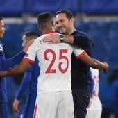 Chelsea y Sevilla firman las tablas.