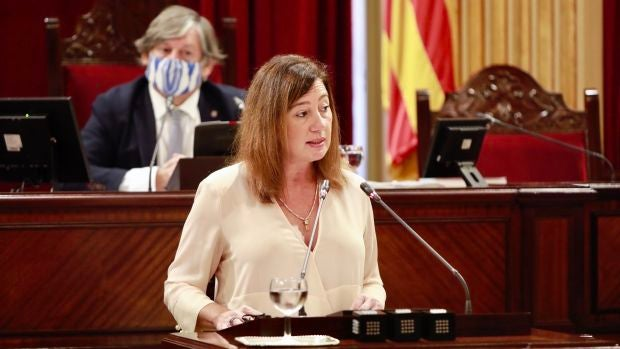 La presidenta del Govern, Francina Armengol, durante el Debate de Política General