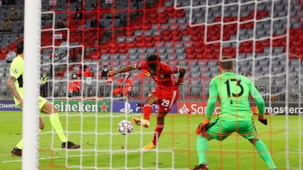 El Atlético cae goleado en su debut tras una lección de fútbol del Bayern y Coman