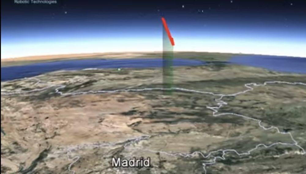 Una roca procedente de un cometa impacta contra la atmósfera