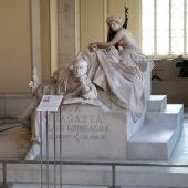 La tumba de Práxedes Mateo Sagasta en el Panteón de los Hombres Ilustres