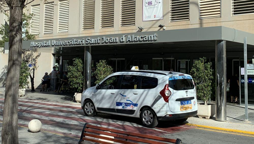 Entrada al hospital de San Juan
