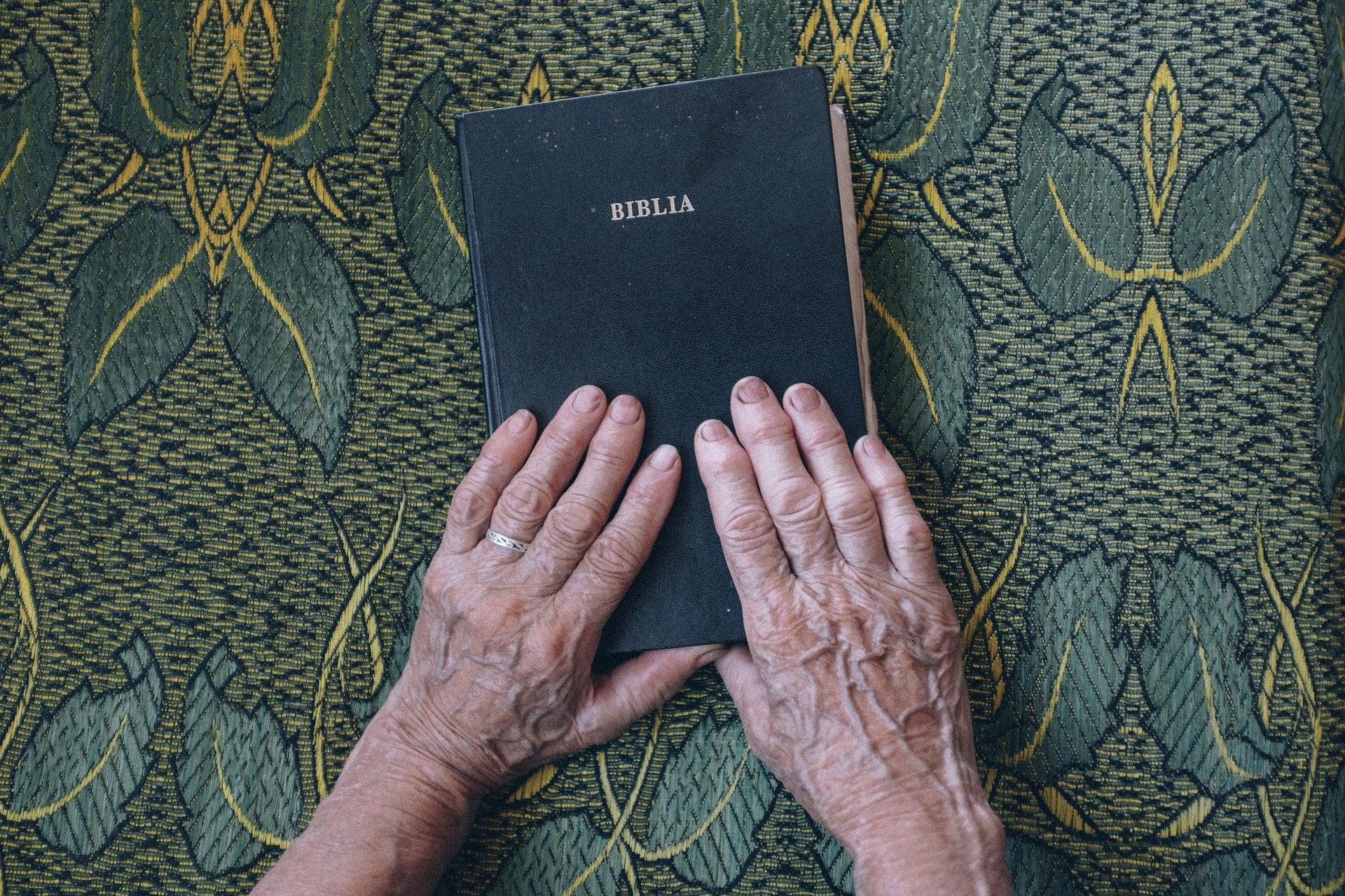El Círculo Secreto: Ovnis en la Biblia