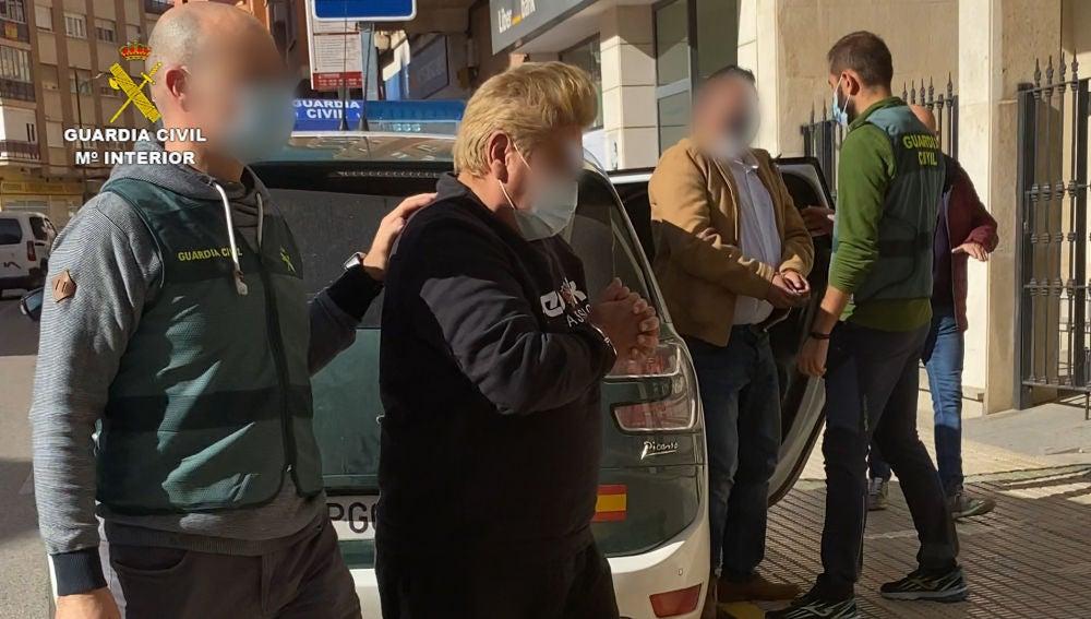 Dos detenidos por robo y tentativa de homicidio a policías nacionales