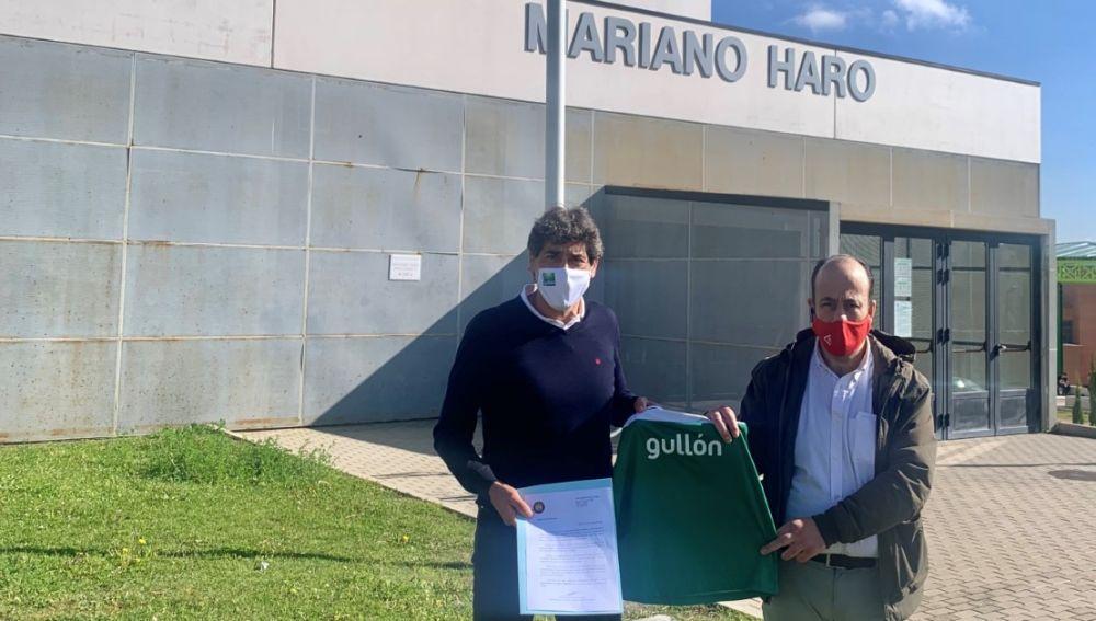 Gullón patrocinará a los equipos de la escuela del Club Balonmano Palencia Femenino