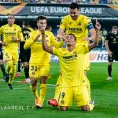 Bacca celebra un gol ante el Maccabi