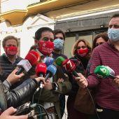 El presidente de los hosteleros sevillanos, Antonio Luque, explicando a los medios las acciones de protesta que llevarán a cabo