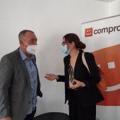 Joan Baldoví y Aitana Mas en la sede de Compromís de Alicante
