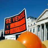 Protesta contra la 'Ley Celaá' frente al Congreso