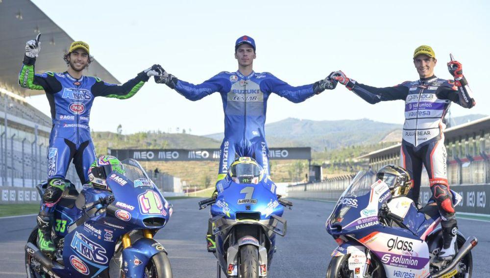 Los campeones del mundo de Moto2 (Bastianini), MotoGP (Mir) y Moto3 (Arenas)