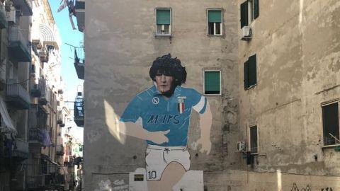Una de las muchas referencias a Diego Armando Maradona en Nápoles.