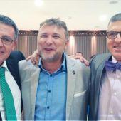 Fresneda junto a director y comercial de OCR Alcázar