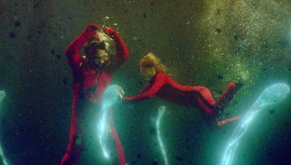Fotograma de 'Contagio en alta mar', el último coqueteo del cine con las pandemias globales