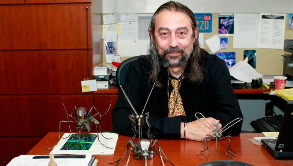 El director del Instituto de Salud Global y Patógenos Emergentes en la Escuela de Medicina Icahn Mount Sinai de Nueva York, Adolfo García-Sastre.