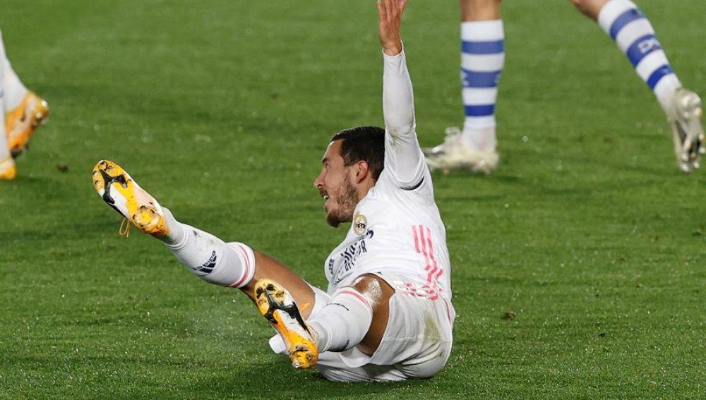 El delantero del Real Madrid Eden Hazard durante el partido de Liga en Primera División ante el Alavés, que disputaron en el estadio Alfredo Di Stéfano de Madrid