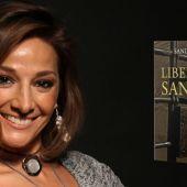 Sandra Aza con su novela 'Libelo de Sangre'
