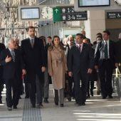 """Hace una década los Reyes inauguraron la puesta en servicio de la línea del AVE Madrid-Valencia y pararon en la estación """"Cuenca Fernando Zóbel"""""""