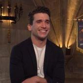 El actor Jaime Lorente, durante su entrevista con Kinótico desde la Catedral de Burgos para presentar la serie 'El Cid'