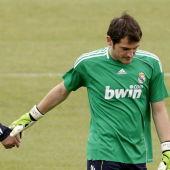 Iker Casillas con Mourinho durante su etapa en el Real Madrid.