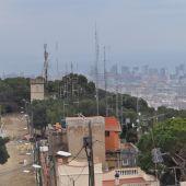 L'ajuntament de Barcelona retira les antenes il·legals del Carmel i fa efectiva la sentència a favor de l'Associació Catalana de Ràdio