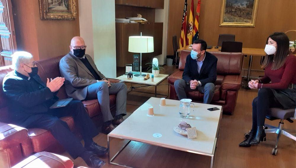 El Ayuntamiento de Elche y la comunidad cofrade califican de triste pero necesaria la decisión de suspender las procesiones de este año