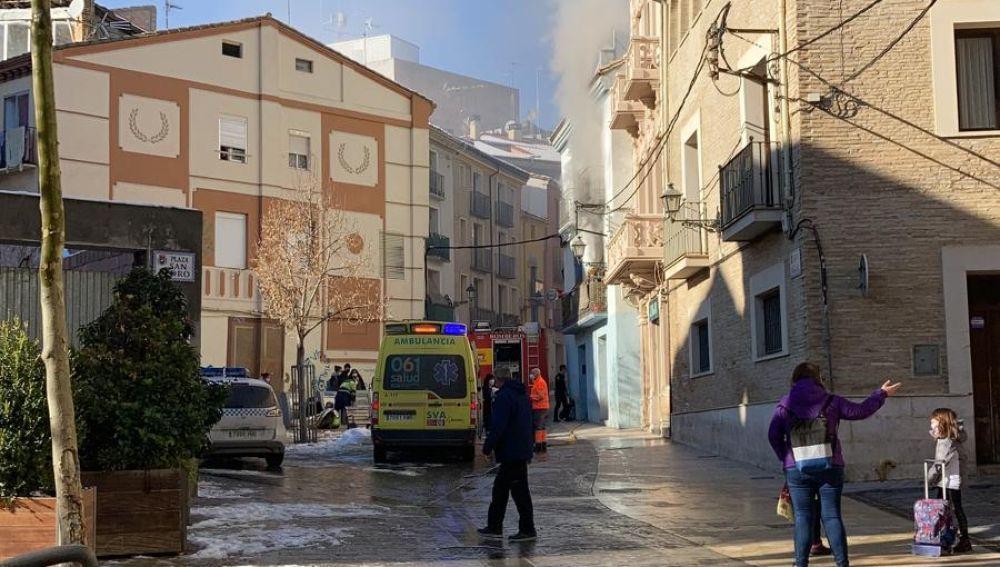 De la vivienda salía una densa humareda visible desde distintos puntos de la ciudad