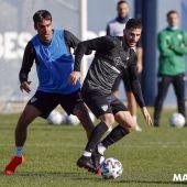 Un momento del entrenamiento del Málaga CF esta semana