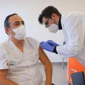 Sanitarios de la Mancha Centro ya se están vacunando contra la COVID