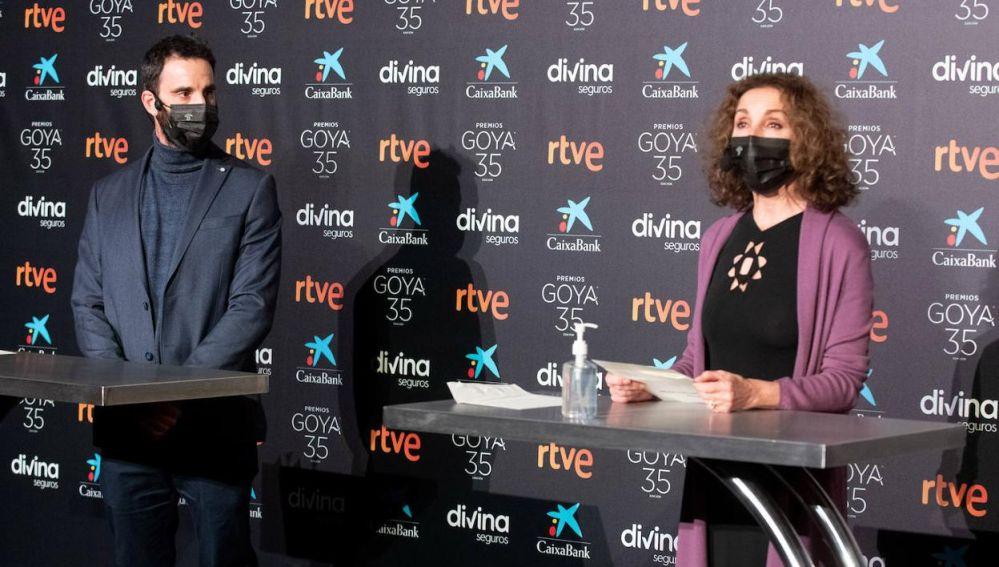 Dani Rovira y Ana Belén, durante la lectura de nominaciones de los Goya 2021 en la Academia de Cine