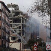 Al menos dos muertos por la explosión en un edificio de la calle Toledo de Madrid