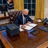 Joe Biden en el despacho presidencial de la Casa Blanca