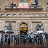 Zaragoza muestra su consternación por el asesinato de una niña de dos años